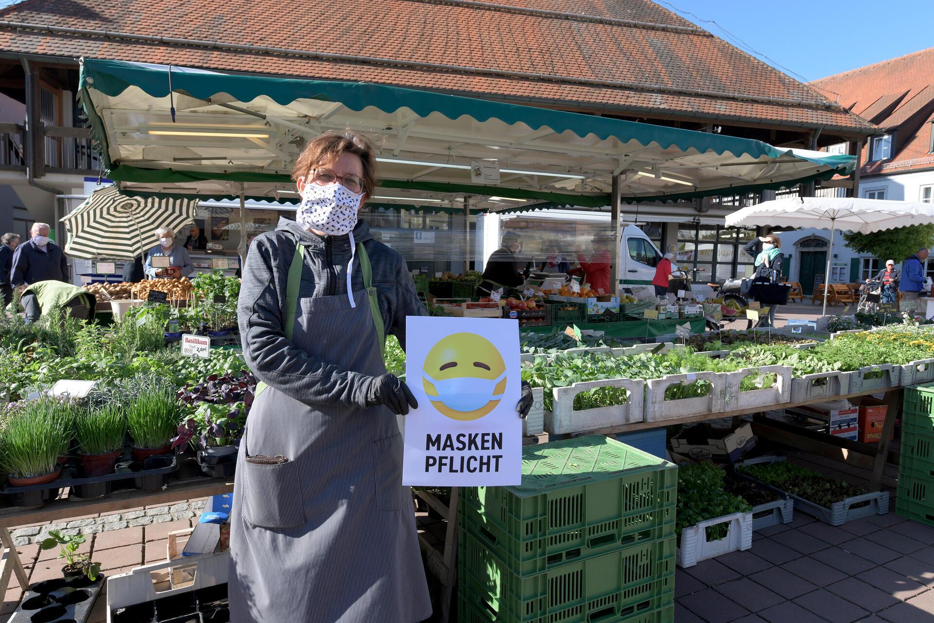 Maskenpflicht Wochenmarkt